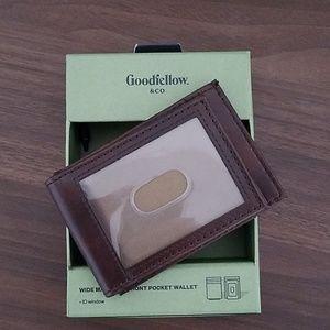 Goodfellow & Co. Font Pocket Wallet